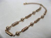 ゴールドメタル絞り風ネックレス(ヴィンテージ)