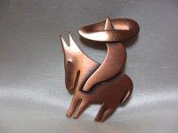 REBAJAS銅製ロバとソンブレロの人ブローチ(ヴィンテージ)