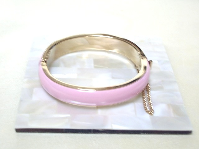 画像1: ピンクのエナメルブレスレット(ヴィンテージ)