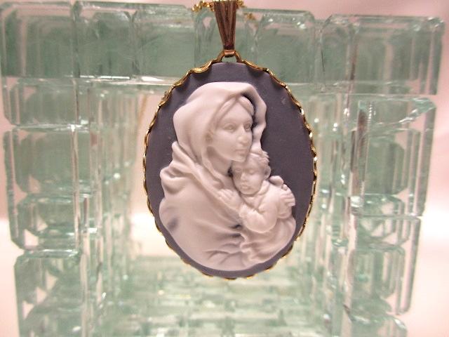 画像1: 聖母マリアカメオネックレス(ヴィンテージ)